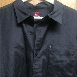 Quiksilver Button Down Shirt 🏄